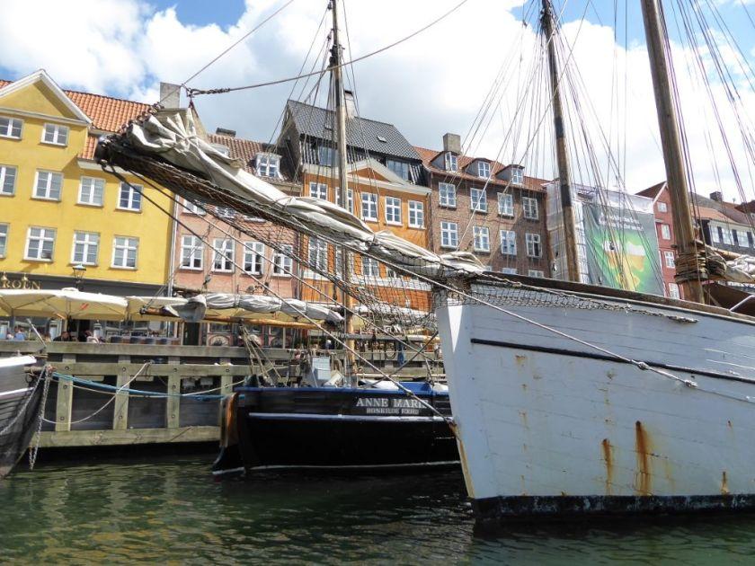Kopenhagen vom Boot aus Nyhavn