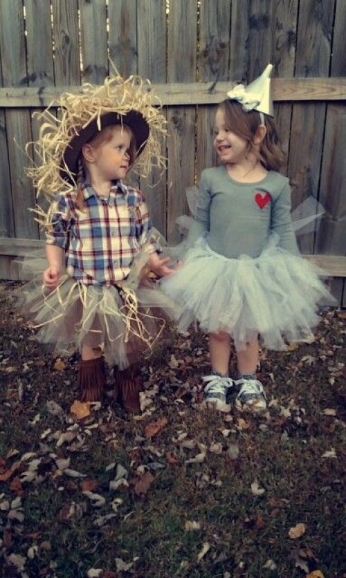 scarecrow and tinman Halloween costumes for sisters