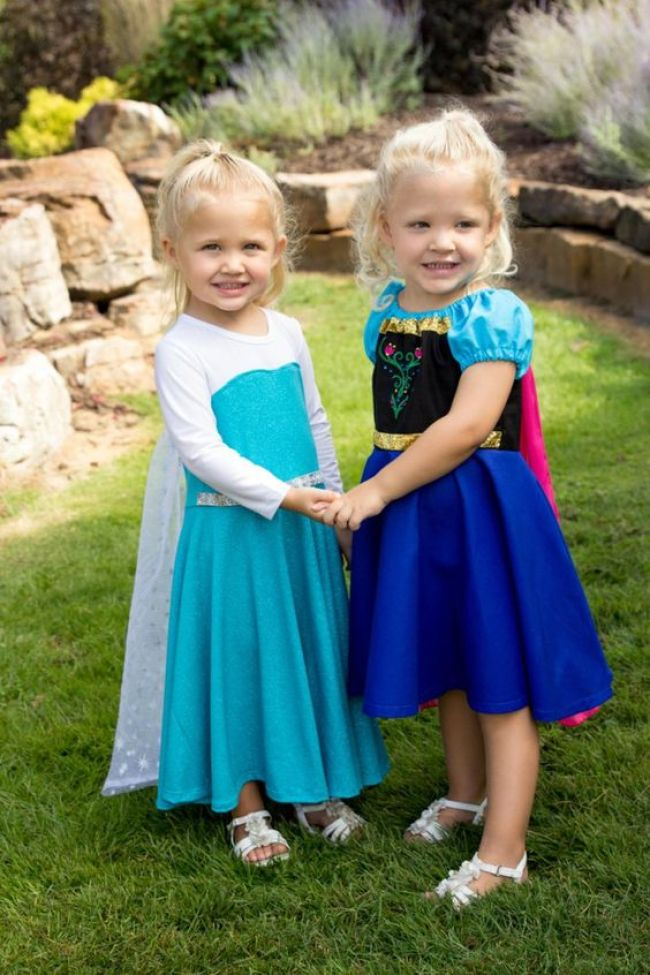 Anna and Elsa sister Halloween costumes