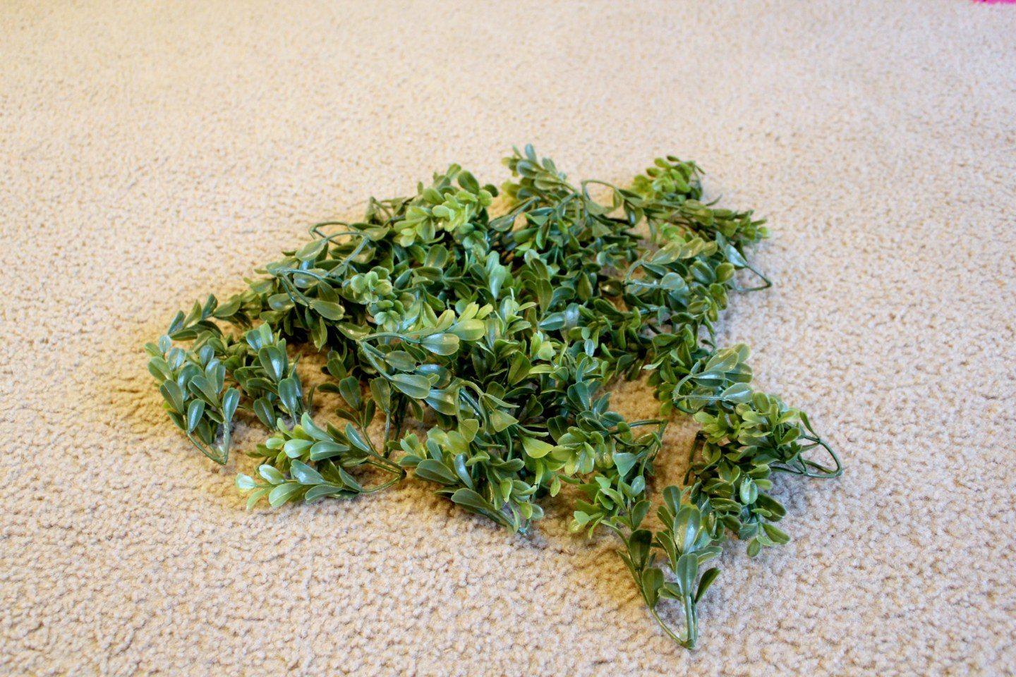 how to make a green wreath