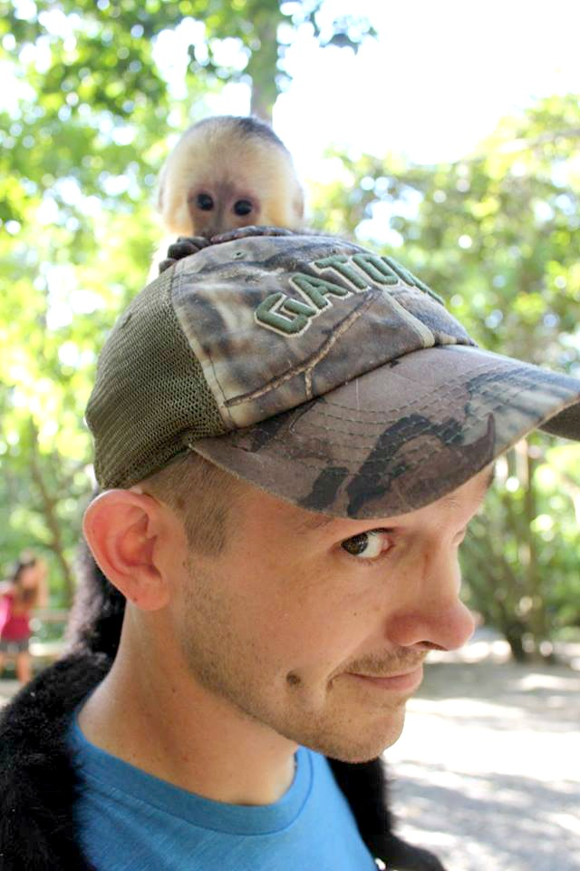things to do in Roatan see the monkeys in Gumbalimba Park