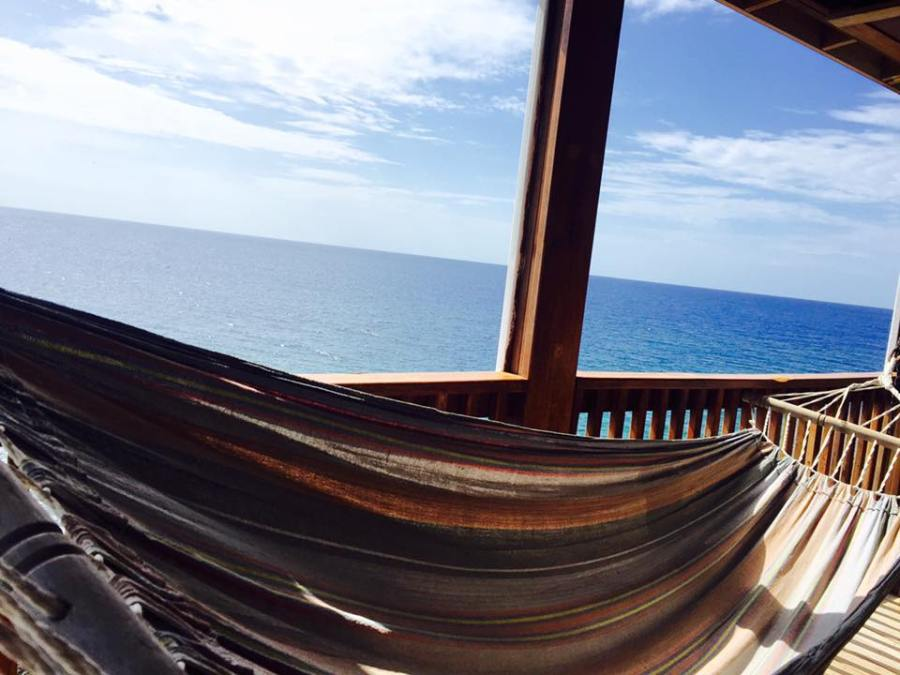 things to do in Roatan hammock napping