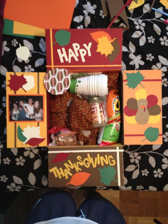 Thanksgiving Care Package: Happy Thanksgiving