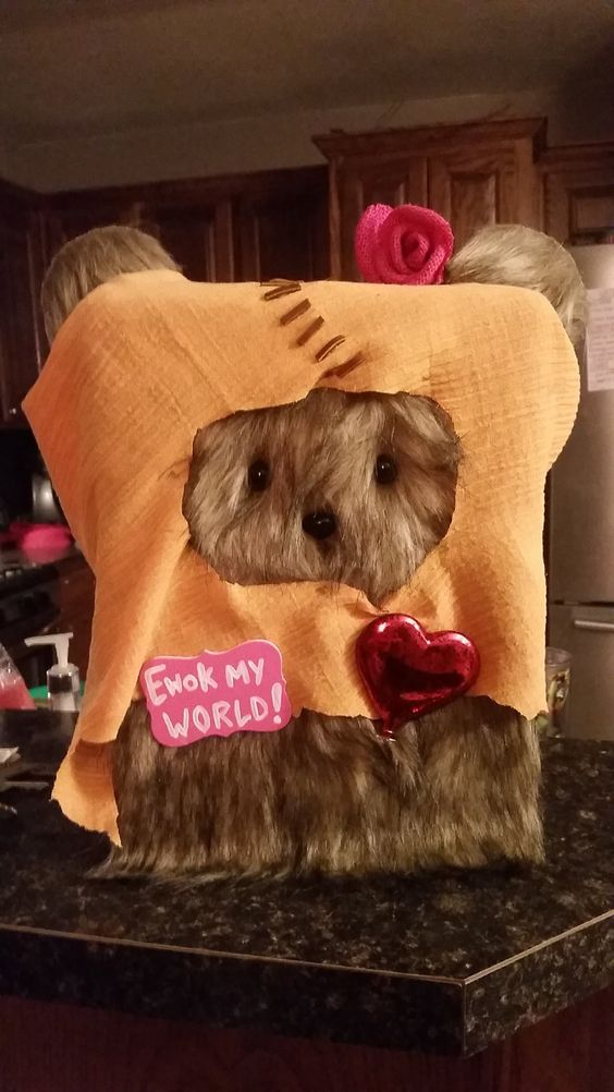 Girly Ewok Valentine Box