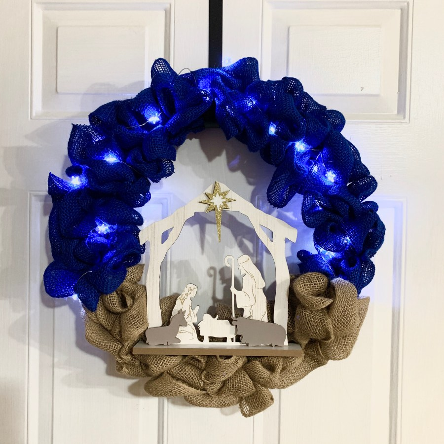 DIY Nativity Wreath