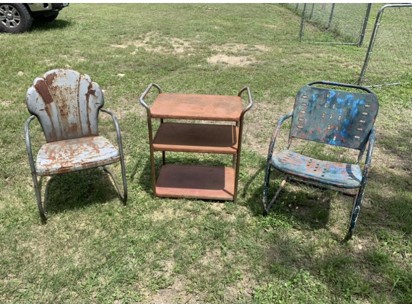 How to Refurbish Vintage Metal Chairs: the Before Picture