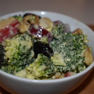 Waldorf-esue Salad