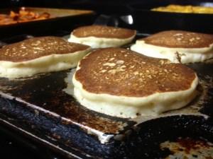ricotta pancakes cooking