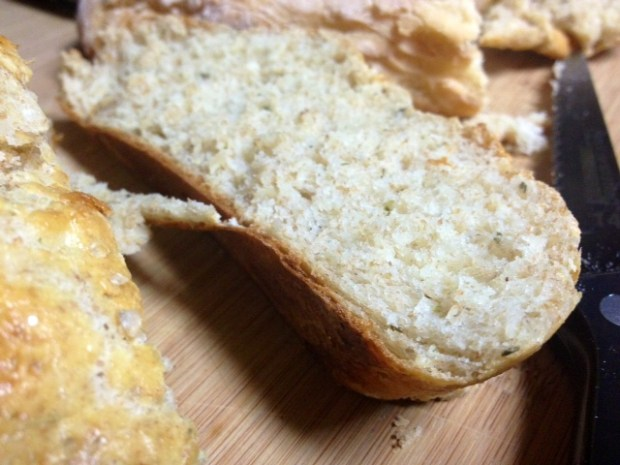 rosemary olive oil bread finished closeup2