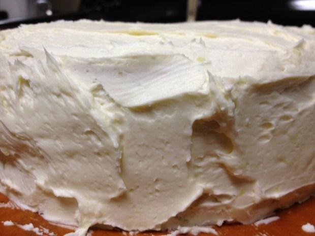 citrus marmalade cake frosting closeup