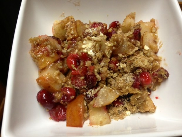 pear cranberry crisp finished3