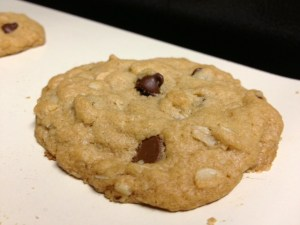 peanut butter oatmeal choc chip cookies finished2