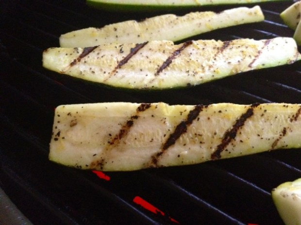 grilled zucchini with lemon salt grilling2