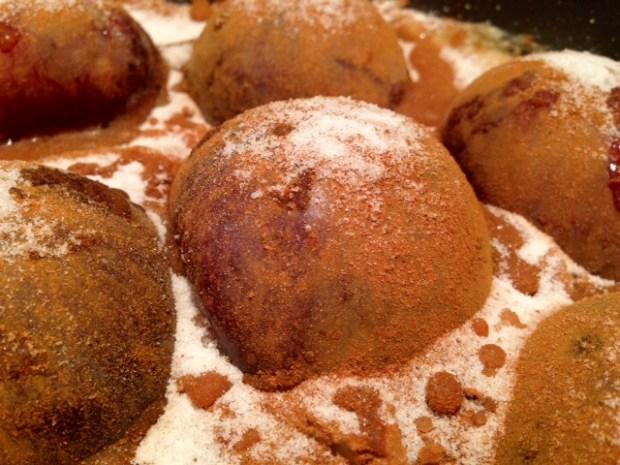 plum torte batter pan plums cinnamon closeup