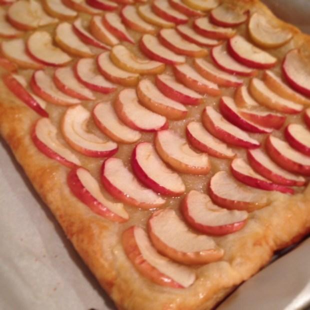 Honey Apple Tart done