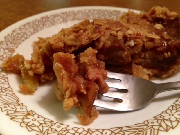 Caramel Pear Pie with Oat Crumble slice