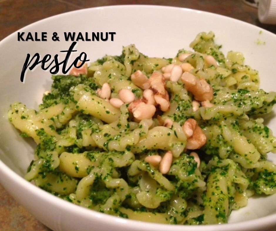 Kale & Toasted Walnut Pesto Pasta   This unique pesto is great on either regular or whole wheat pasta, super easy to make, and a great way to get some raw foods (kale, walnuts if you don't toast). You could even sub flaxseed oil for more health benefits. Easy pasta recipe, pesto without basil. #pesto #kale #pasta #rawfoods
