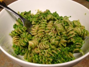 Kale & Walnut Pesto with Whole Wheat Pasta & Flax