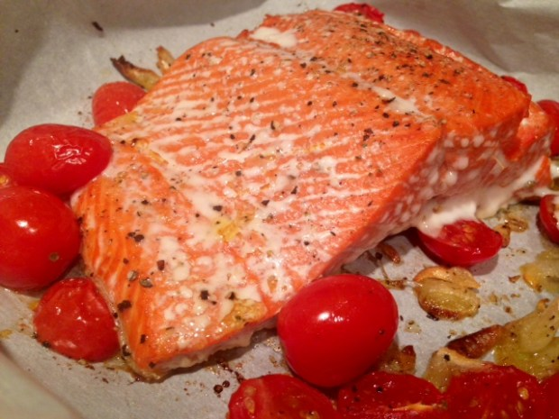 roasted salmon with shallots & tomatoes baked