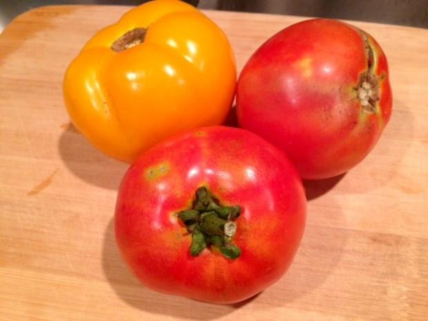 heirloom tomato & mozzarella salad tomatoes