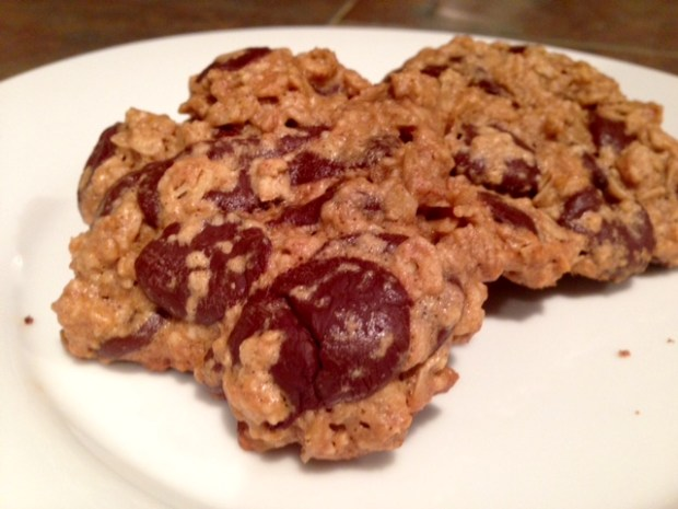 Maple Peanut Butter Oatmeal Chocolate Chip Cookies