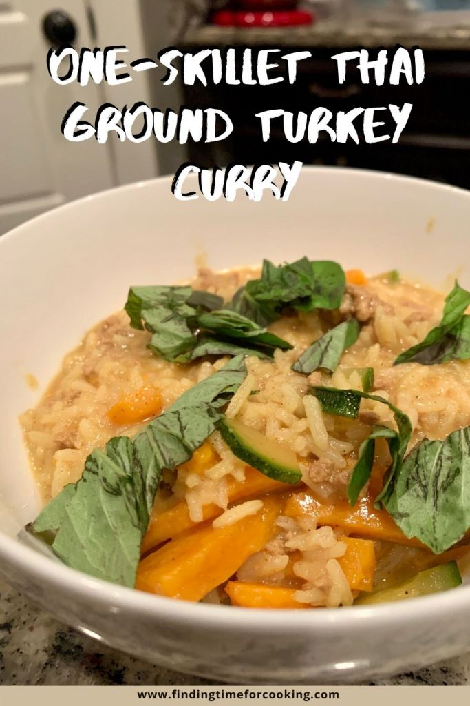 One-Skillet Thai Ground Turkey Curry with Rice | A super easy and delicious main dish, ready in about half an hour! Great blend of spices and flavors, healthy, and makes good leftovers. #curry #30minutemeal #easydinnerrecipes