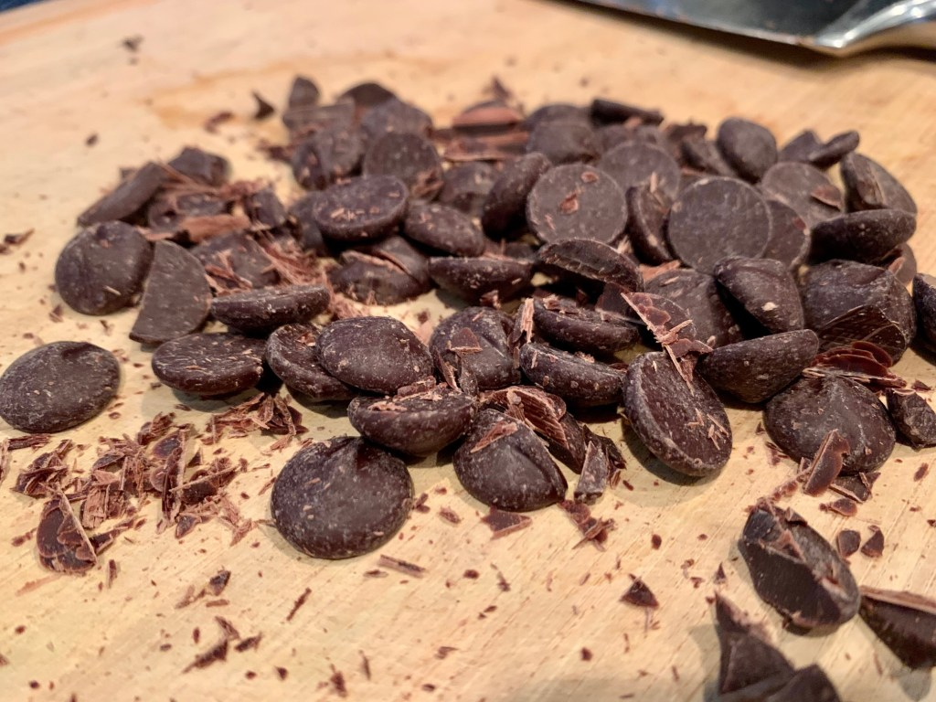 dark chocolate pieces chopped
