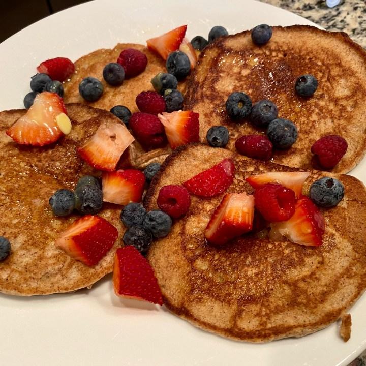 Easy Almond Flour Pancakes (Keto, Gluten-Free, Low Carb)
