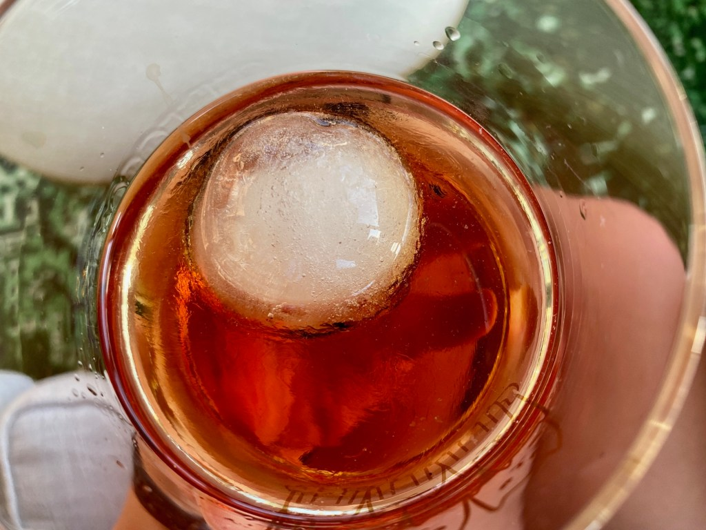 PB&J whiskey cocktail, how to make a peanut butter and jelly cocktail