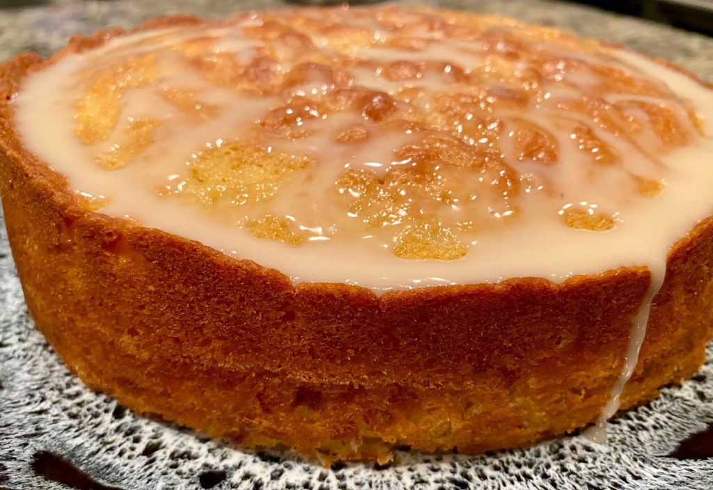 Sweet Corn Cake with Tart Lemon Glaze | This olive oil cake with fresh sweet corn is a delicious, moist, easy treat, the perfect way to use up all that fresh corn during late summer. Subtle & lightly sweet, a great afternoon pick-me-up.