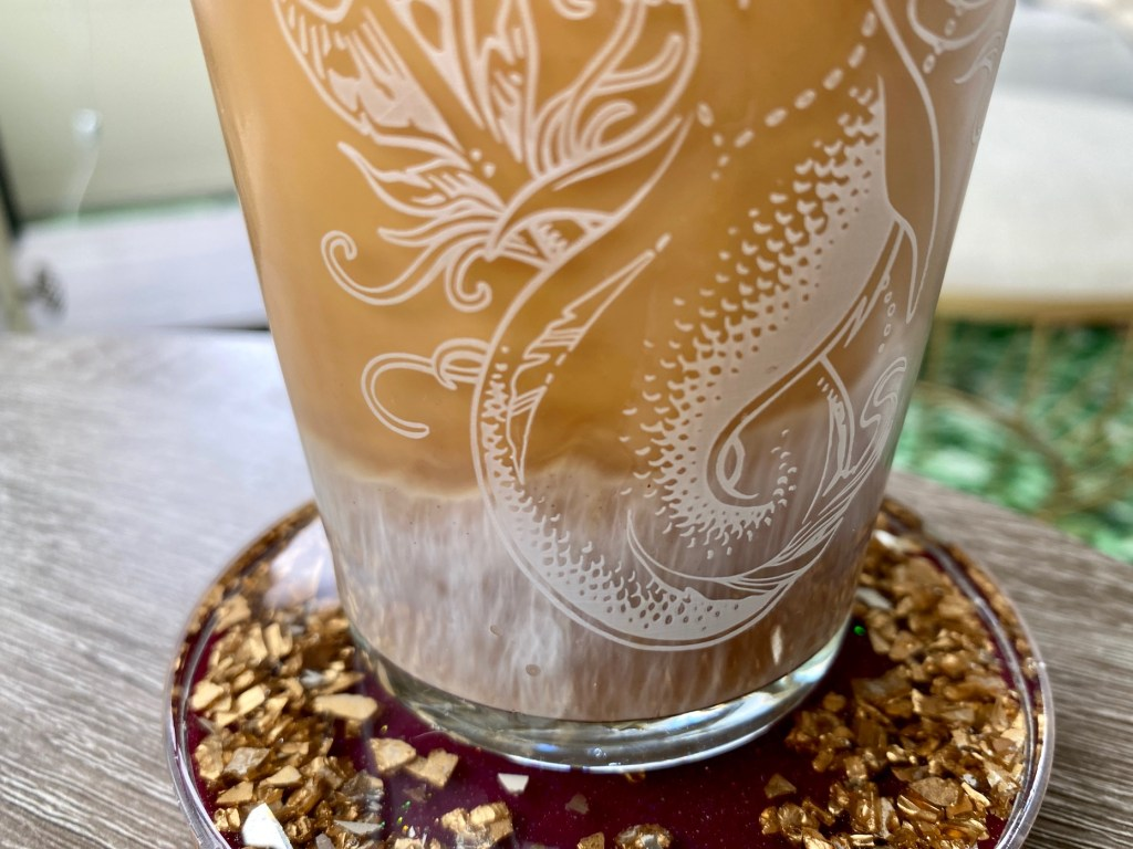 Shaken Iced Brown Sugar Latte | This is a copycat of Starbucks iced brown sugar oat milk latte