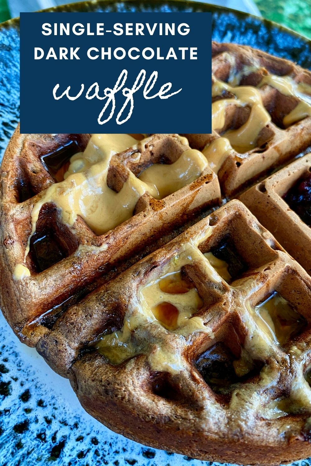 Single-Serving Dark Chocolate Waffle   This delicious waffle recipe is the perfect answer to last-minute cravings, serves one or two people comfortably and ready in 10 minutes! Small brunch recipes, single-serving brunch, small batch breakfast recipes, cooking for one, brunch for one. A delicious single-serving chocolate waffle! #chocolate #waffle #singleserving #smallbatch #brunch