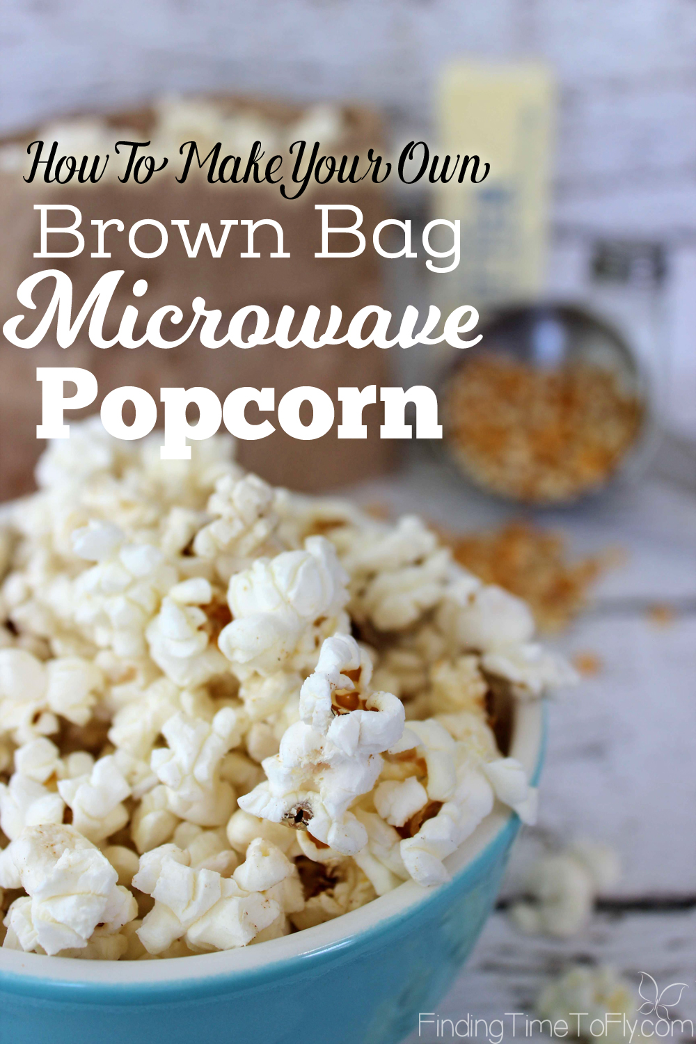 This brown bag microwave popcorn is so simple! I like being able to control what goes in there. I think the kids will have fun with this snack, too!