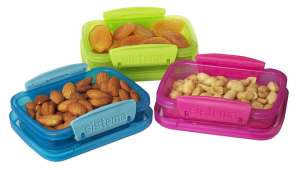 A great list of storage containers and lunch items for easy packed lunches.