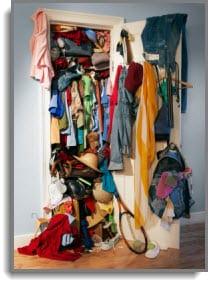 cluttered_closet