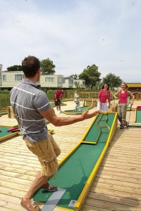 Minigolf at Littlesea - Littlesea Holiday Park