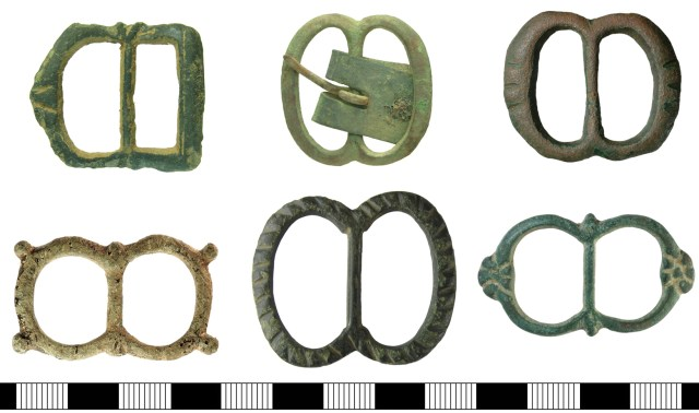 Double-loop buckles similar to those found in the wreck of the Mary Rose (HAMP-88CDE5, IOW-F01169, HAMP-18DCD5, HAMP-6C6B26, BH-C0FB26, BH-0E2758)