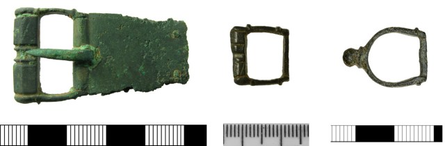 Buckle frames with small transverse ridges on top and bottom edges (HAMP-BF0553, SF-F2A166 and PUBLIC-B50137)