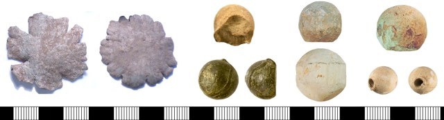 From left: two completely flattened bullets (PUBLIC-D58CE6). Two bullets with probable impact damage (SWYOR-640B25 above and SWYOR-5A4E5E below; note the casting flash on SWYOR-5A4E5E). Two bullets with set-up bands (NLM-DEEB5A above and NLM-D9ED9F below; note the perpendicular flattening on NLM-DEEB5A, probably caused by multi-ball loading). A bullet with gas erosion (NLM-93DA47 above) and a bullet with possible worm hole (WMID-FF9EA6 below).