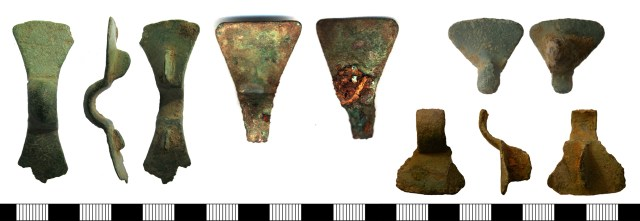 Anglian equal-arm brooches from the PAS database. LANCUM-2322A4 (left), SF3876 (centre), NMS-511A83 (above right), NMS-BC1122 (below right).