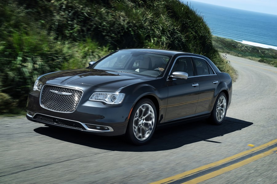 2020 Chrysler 300 SRT8 Release Date and Price