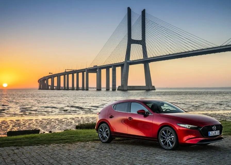 2020 Mazda 3 Fuel Economy - Petrol VS Diesel
