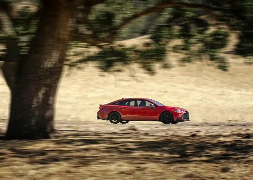 2020 Toyota Avalon XSE Trims Specs & Price