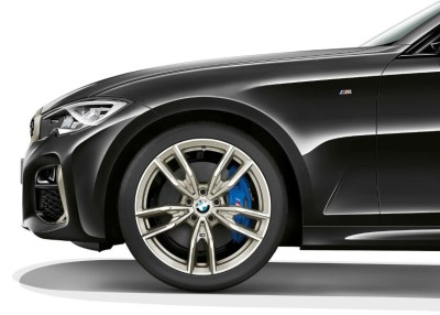 Read more about the article 2020 BMW M340i xDrive Review: Specs, Performance, Pricing