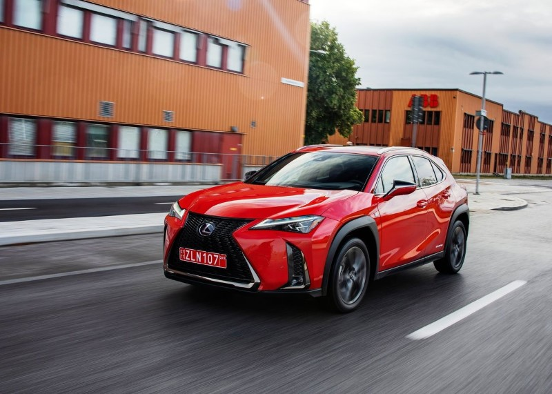 2020 Lexus UX 250h Hybrid MPG