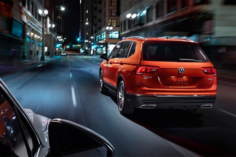 2020 VW Tiguan Orange Color Review