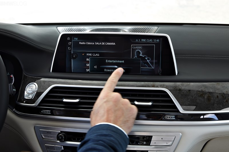 2020 BMW X6 iDrive Features - Review Interior