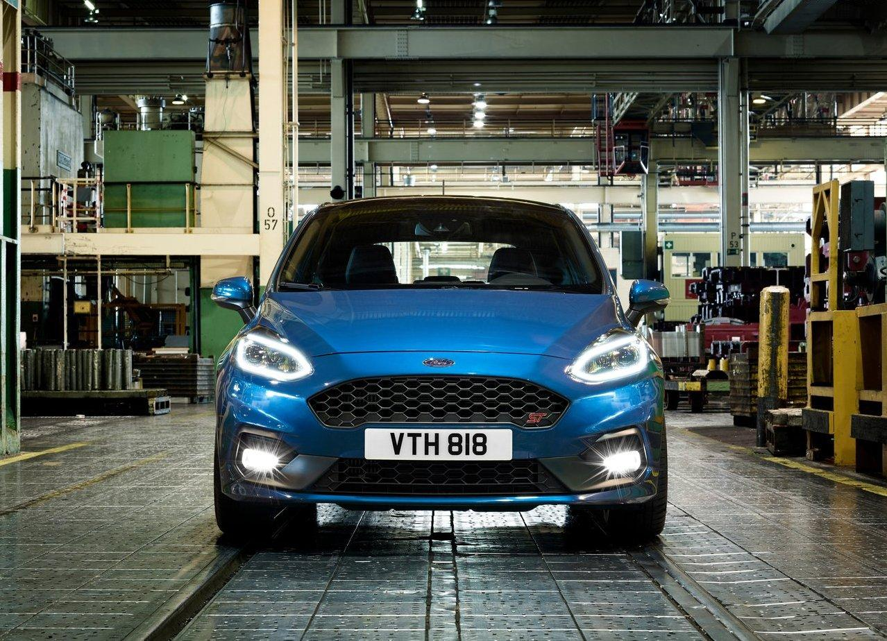 2020 Ford Fiesta ST Front Angle Fresh Design