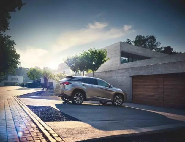 2021 Lexus RX 450h Battery Range