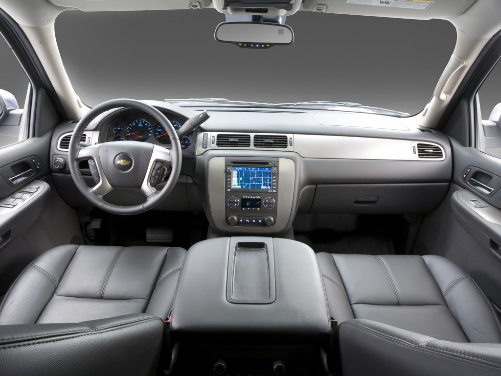 2020 Chevrolet Avalanche Interior With New myLink